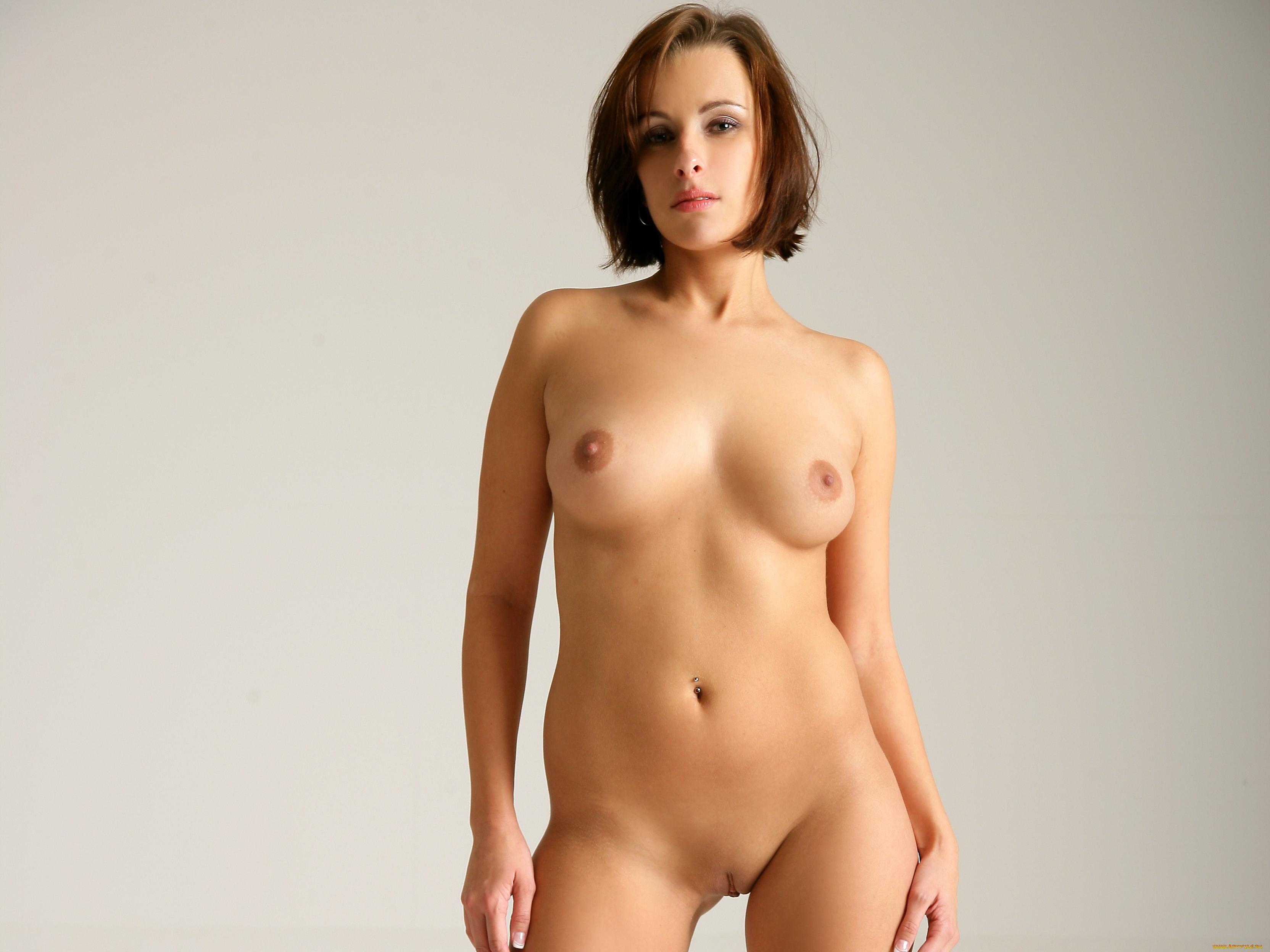 Пальцы эротика на раб стол голых девушек
